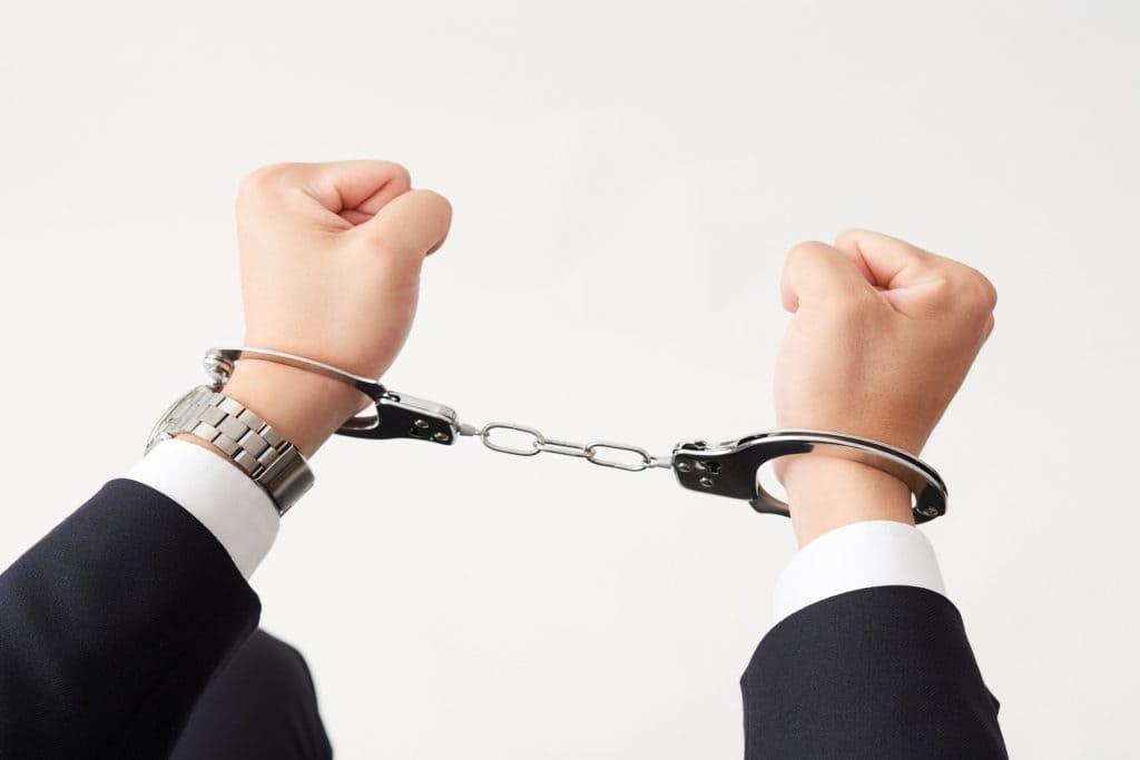 痴漢冤罪を回避する対処法と自分...